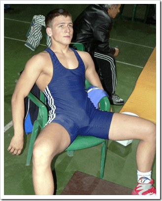 sport boys with bulges (1)