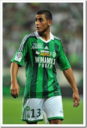 Algerian footballer Faouzi Ghoulam stripping (4)