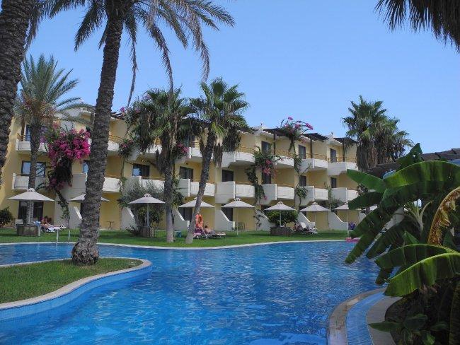 Atrium Palace Thalasso Spa Resort  Villas  Kalathos Strandbewertungde  Hotel Das Atrium