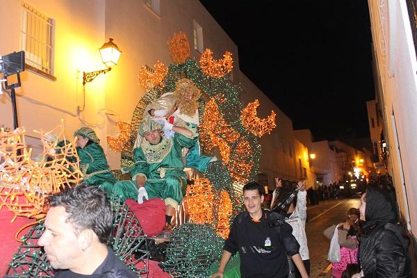 cabalgata-reyes-conil-2014-15