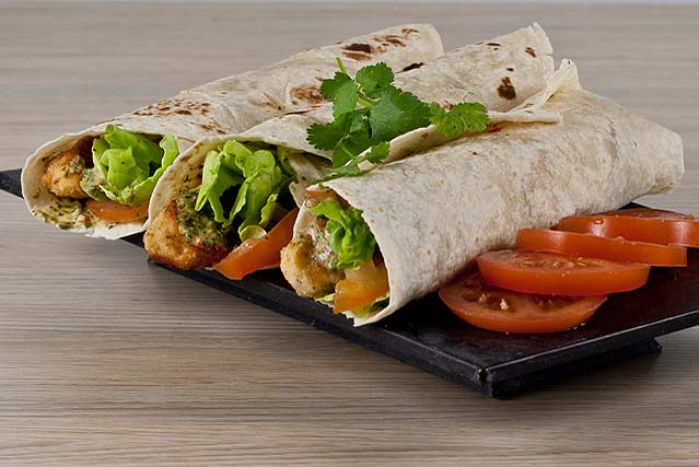 Chicken Wraps with Coriander, Chilli, Ginger Sauce Chicken Wraps with Coriander, Chilli, Ginger Sauce