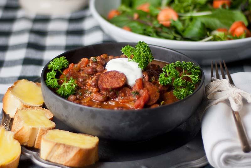 spicy sausage hot pot