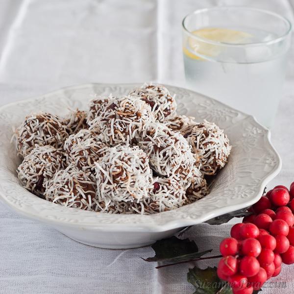 Cranberry, Chocolate & Date Truffles