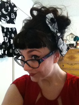 Planet Pinup spider bow with interchangeable charms