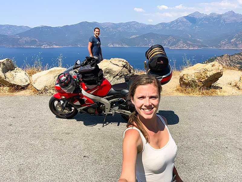 Korzika z motorjem