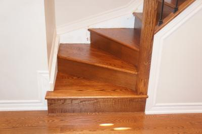 Stair, Stairs, Treads, Tread Caps, railing, Stair Treads, tread, tread installation, oak tread, oak treads, cap, capping, caps, Railing, Design, Renovation, Installation, Install, Refinish, Cap, Aurora, Newmarket, King, Vaughan, Toronto, York, Ontario