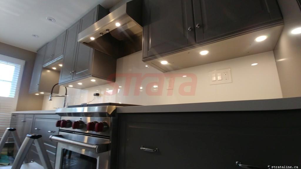 LED potlight installation, led pot light, electrical services-by-Strataline.ca-Toronto-Vaughan-Aurora-King-Nemwarket-Markham-Woodbridge-Mississauga-040