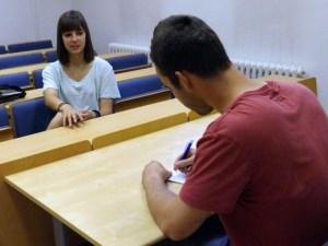 Teresa iz Teksasa u razgovoru sa Strategovim reporterom