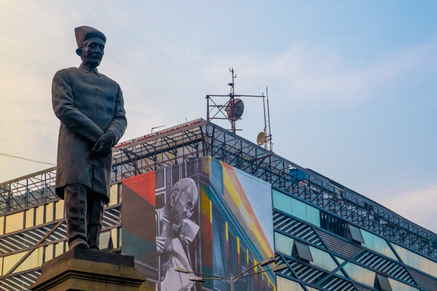 Statues of prominent Parsis abound in Mumbai.