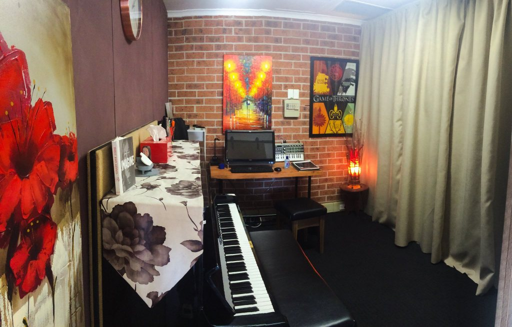 Music lessons history of Stratford Music. Chris and Madeline Stratford built and designed this music school on the peninsula of the Central Coast. Piano Lessons Room.