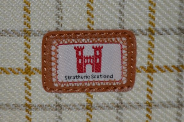 strathurie strathurie
