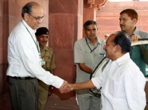Defense Minister AK Antony being received by Defense Secretary Vijay Singh.