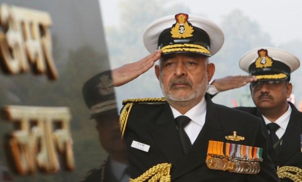 Admiral DK Joshi at the Amar Jawan Jyoti on Navy Day