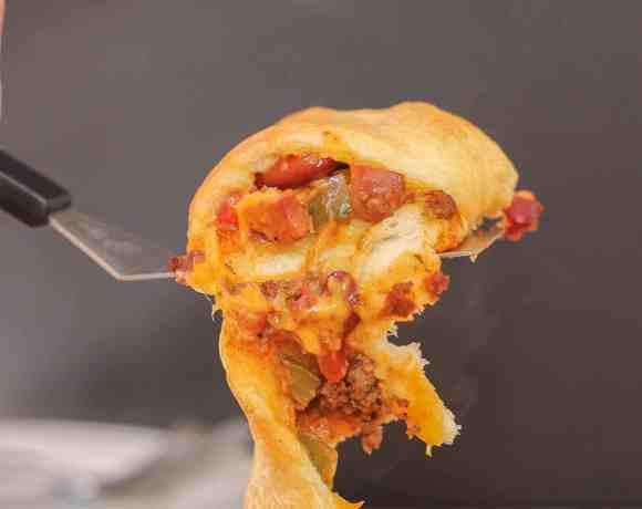 Chili Cheese Dog Crescent Ring