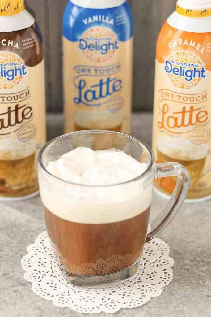 A delicious, sweeten, flavored and frothed latte in 3-steps? Yes, I've got your answer. International Delight® One Touch Latte™ are delicious, fast and easy! | Strawberry Blondie Kitchen