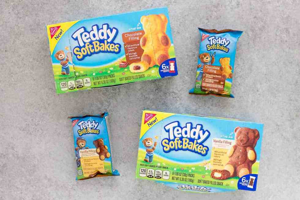 Snacking with TEDDY SOFT BAKED Filled Snacks are the perfect after school treats your kids will love! They're fun, delicious andcontain no high fructose corn syrup, no artificial flavors and no artificial colors! They're a parenting win!  | Strawberry Blondie Kitchen