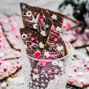 Pink-O-Ween Candy Bark