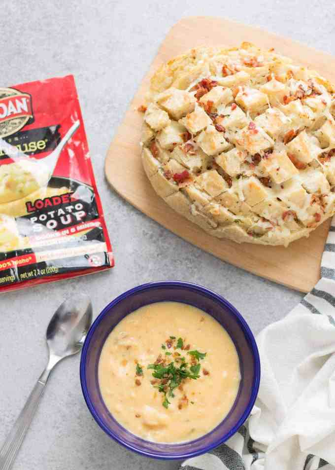 Warm up this season withIdahoan® Steakhouse® Soups and this deliciousCheddar Bacon Ranch Pull Apart Bread. The perfect winning combination to keep cozy this season.   Strawberry Blondie Kitchen