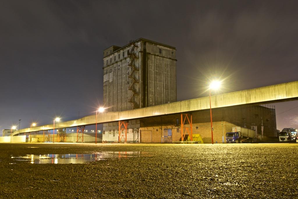 Ford Grain Silo Avonmouth Stray Off The Path Urban
