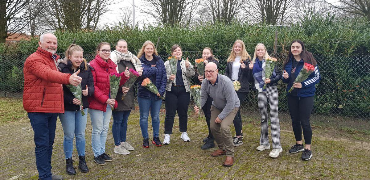 Negen leerlingen van Marianum Zorg & Welzijn halen EHBO-examen
