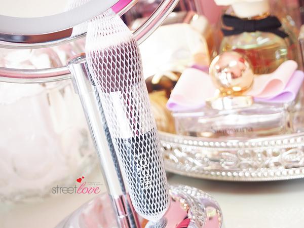 Colours Cosmetics Malaysia Flat Top Foundation Brush Brush Guard