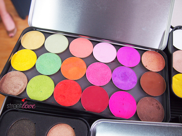 Make Up For Ever Artist Shadow 6
