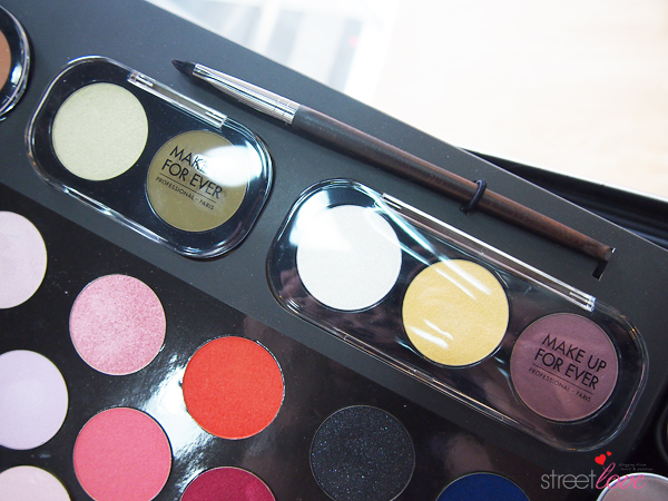 Make Up For Ever Artist Shadow 9