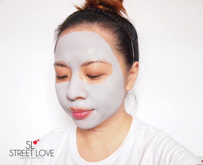 Innisfree Super Volcanic Clay Mousse Mask 6