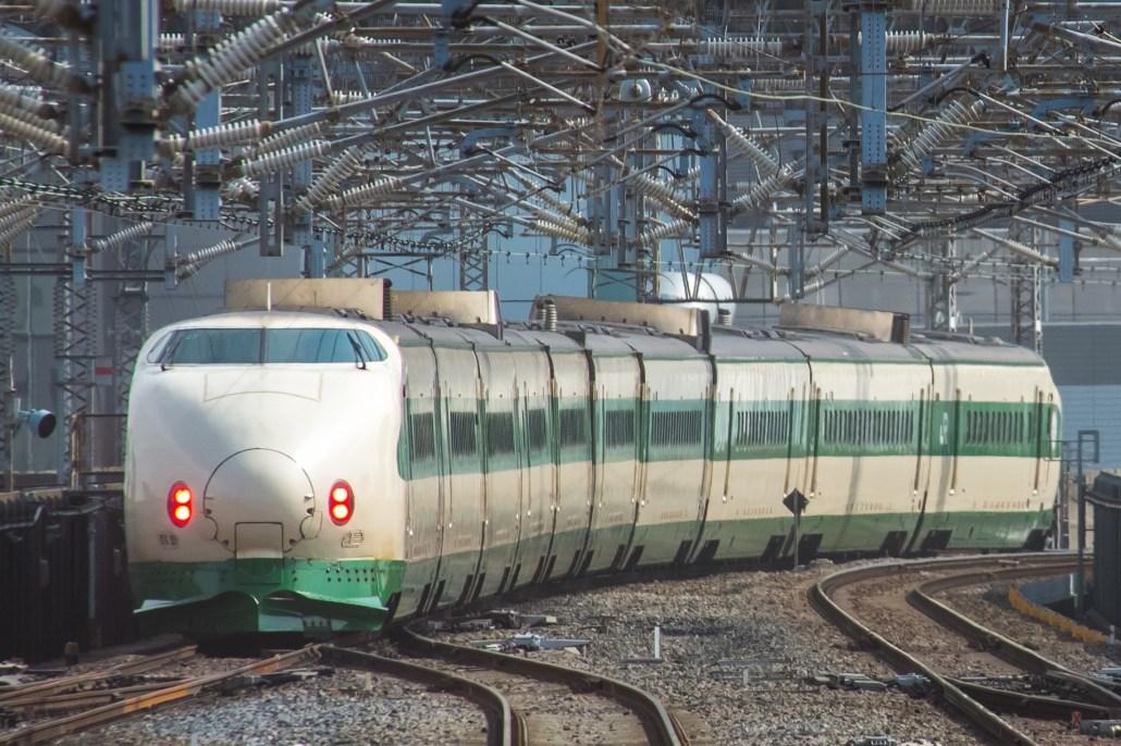 Tohoku-Jyoetsu Shinkansen series 200
