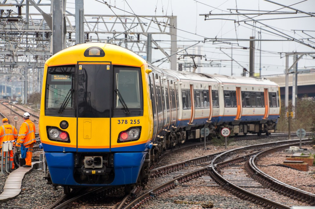 "London Overground, British Rail Class 378 ""Capitalstar"" 4K(ロンドン オーバーグラウンド クラス378 4K)"