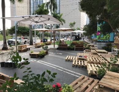 Street Plans Builds First Temporary Pedestrian Promenade in Downtown Miami