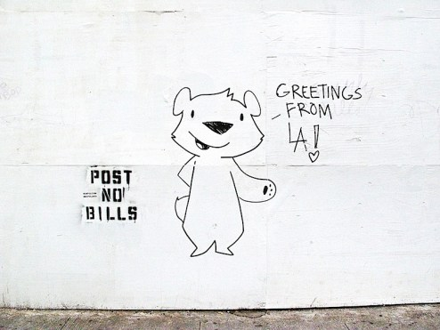 public_art_campaign_bear_greetings_from_la.jpg