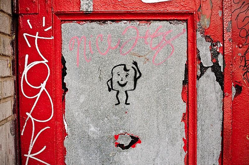 toast_and_nice_tits_street_art.jpg