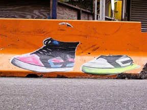 sneaker_street_art.jpg
