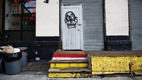 skulls_and_stars_street_art.jpg