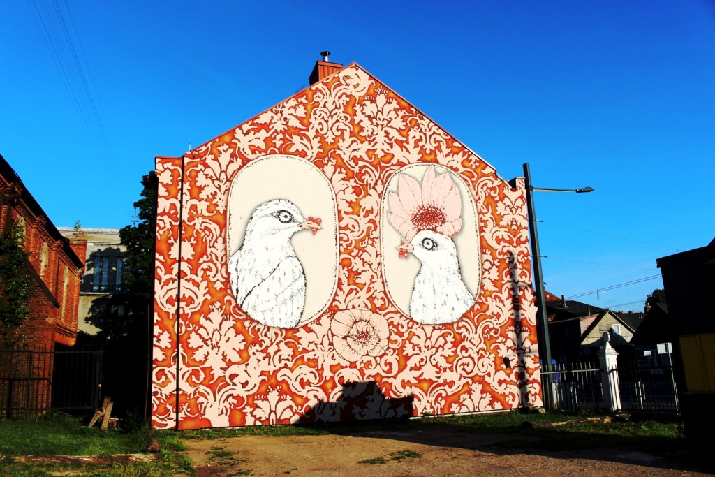 The Birds He And She Mural in Kaunas