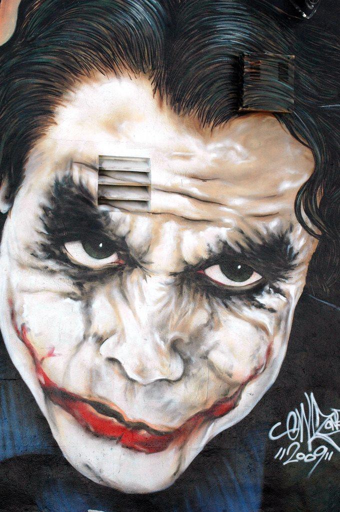 A Street Art Tribute – Heath Ledger as Joker