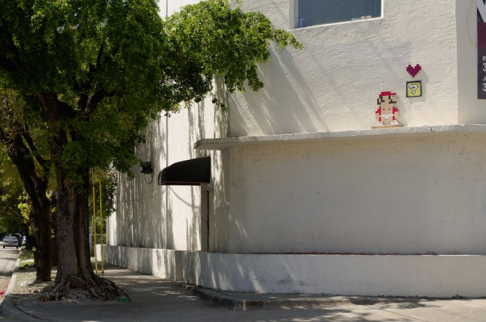 Mario Love Box – Street Art in Miami, Florida, USA