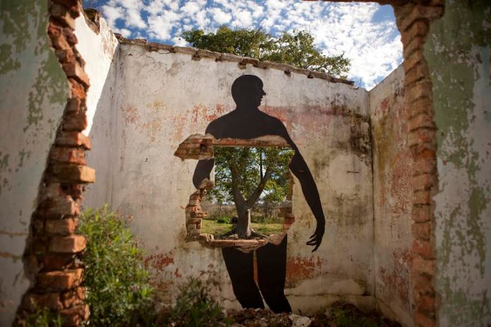 Street Art by David de la Mano in Villa Soriano, Uruguay 1