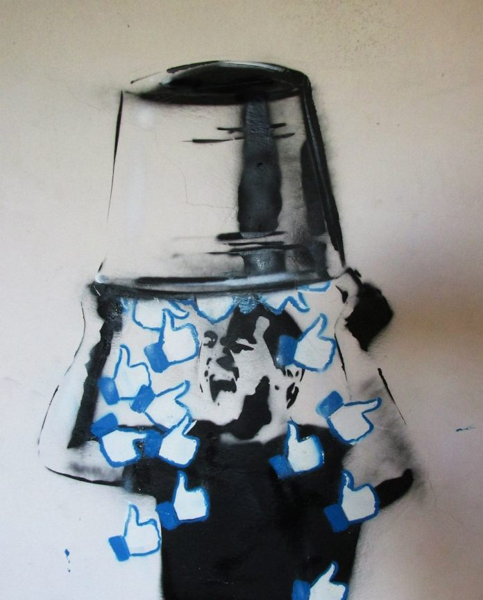 Likes Bucket Challanger – By Trebel Art