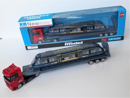 Hi-speed-train-on-trailer-outside-box-2.jpg