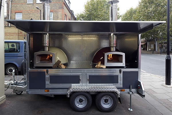 The Blistering Classic Trailer Is An Eye Catching Fully Functional Unit Supplied With Two High Performance Wood Fired Ovens On A Braked