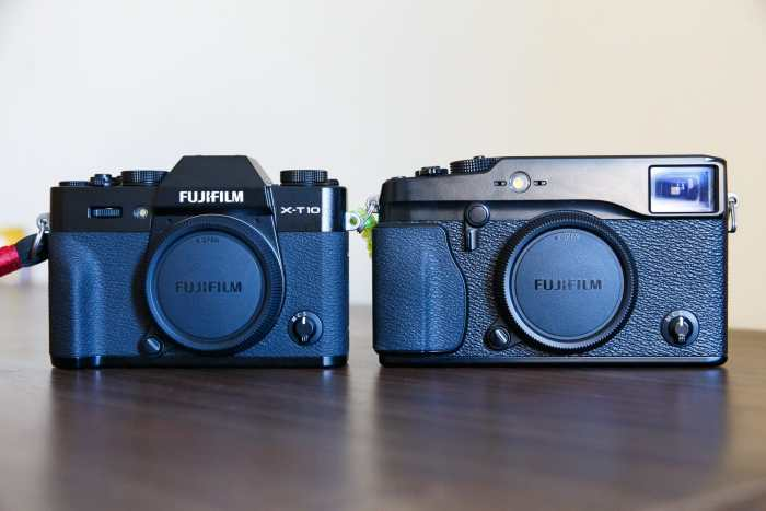 The Fujifilm X-T10 side by side with the X-Pro1