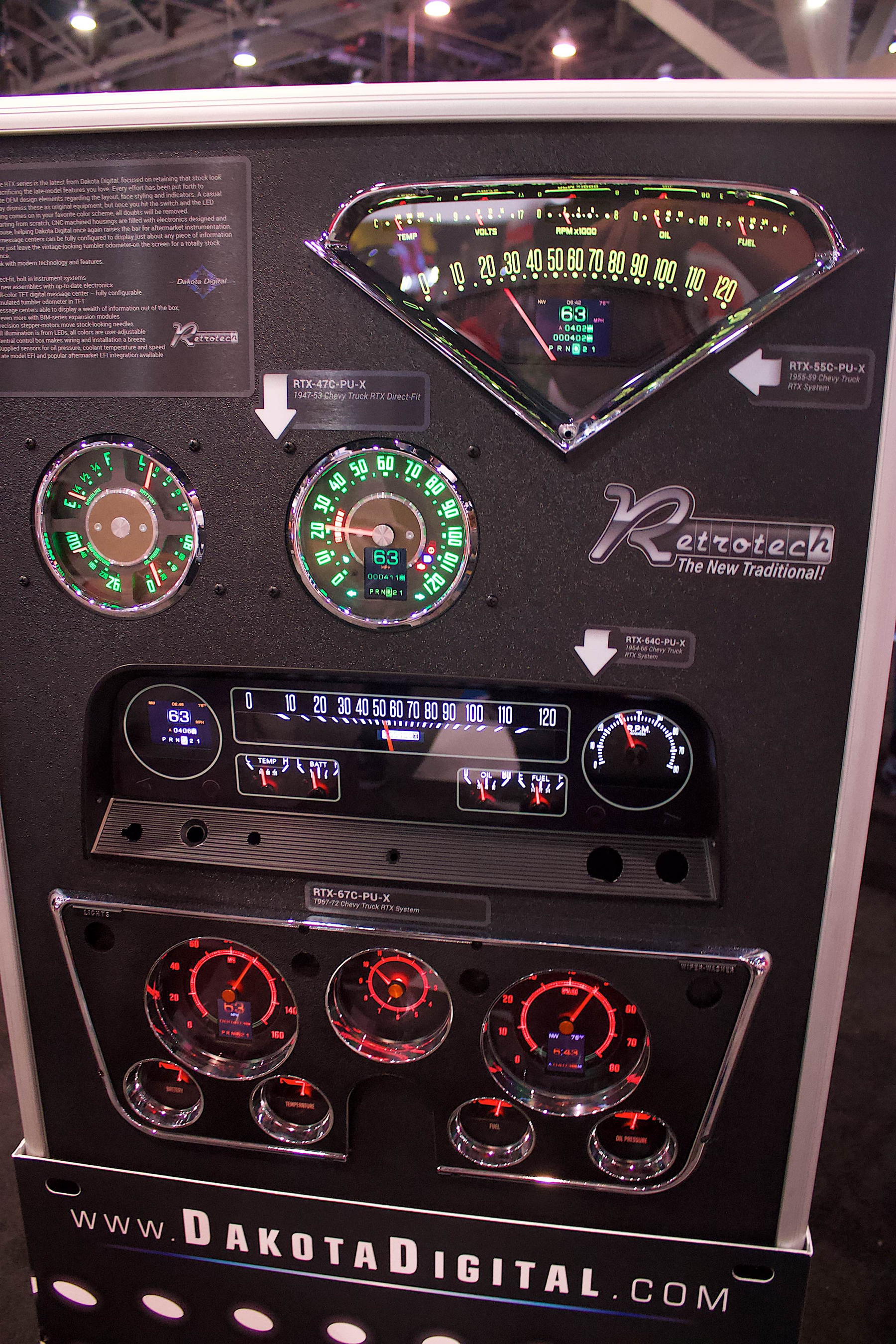 hight resolution of sema 2018 dakota digital creates retro looking modern gauges