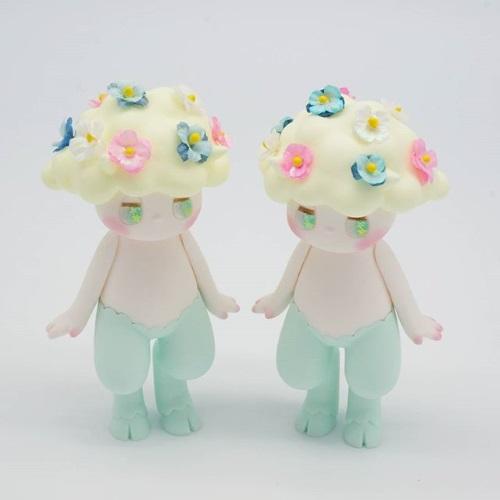 seulgie Spring Flowers Satyrs 1