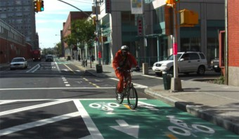 New Layer of Red Tape From FHWA Threatens to Delay NYC Bike Projects