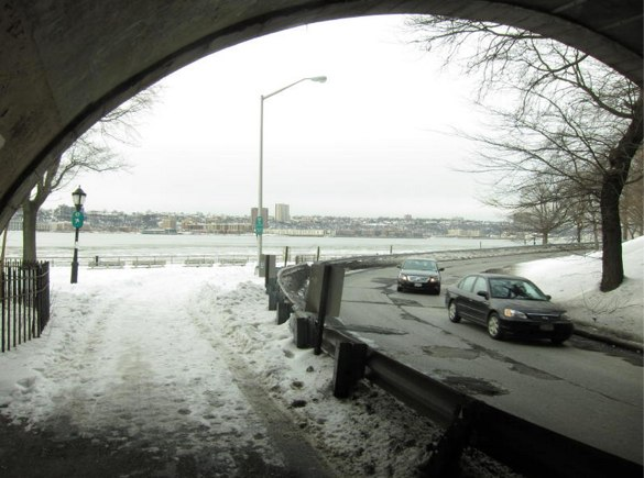 Path connecting Riverside Drive to Hudson River Greenway. Photo: Ken Coughlin