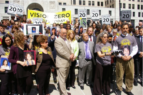 Amy Cohen and Gary Eckstein, parents of Sammy Cohen Eckstein, and family and friends of others lost to traffic violence outside the capitol today. Photo: Brad Aaron