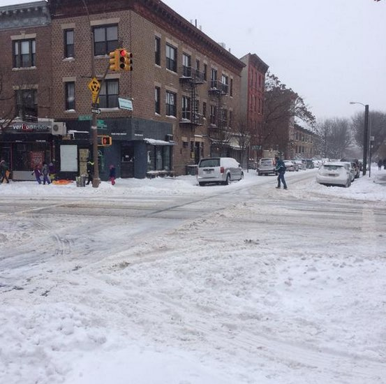 Prospect Park West and 16th Street, Brooklyn. Photo: @dnielsonmoore