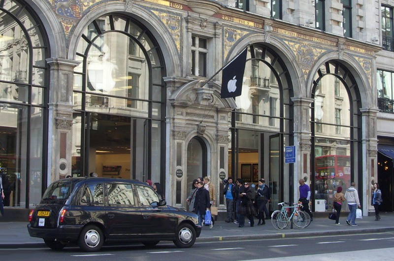 Apple Store Regent Street @ London